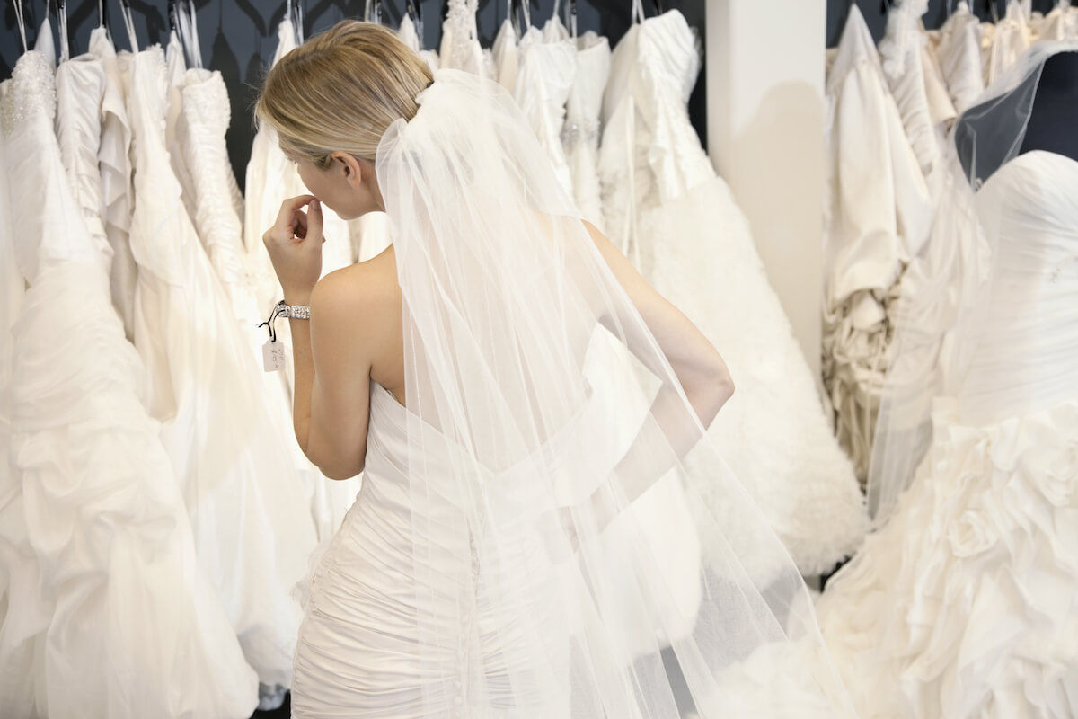 How to Save Money and Shop for an Affordable Wedding Dress