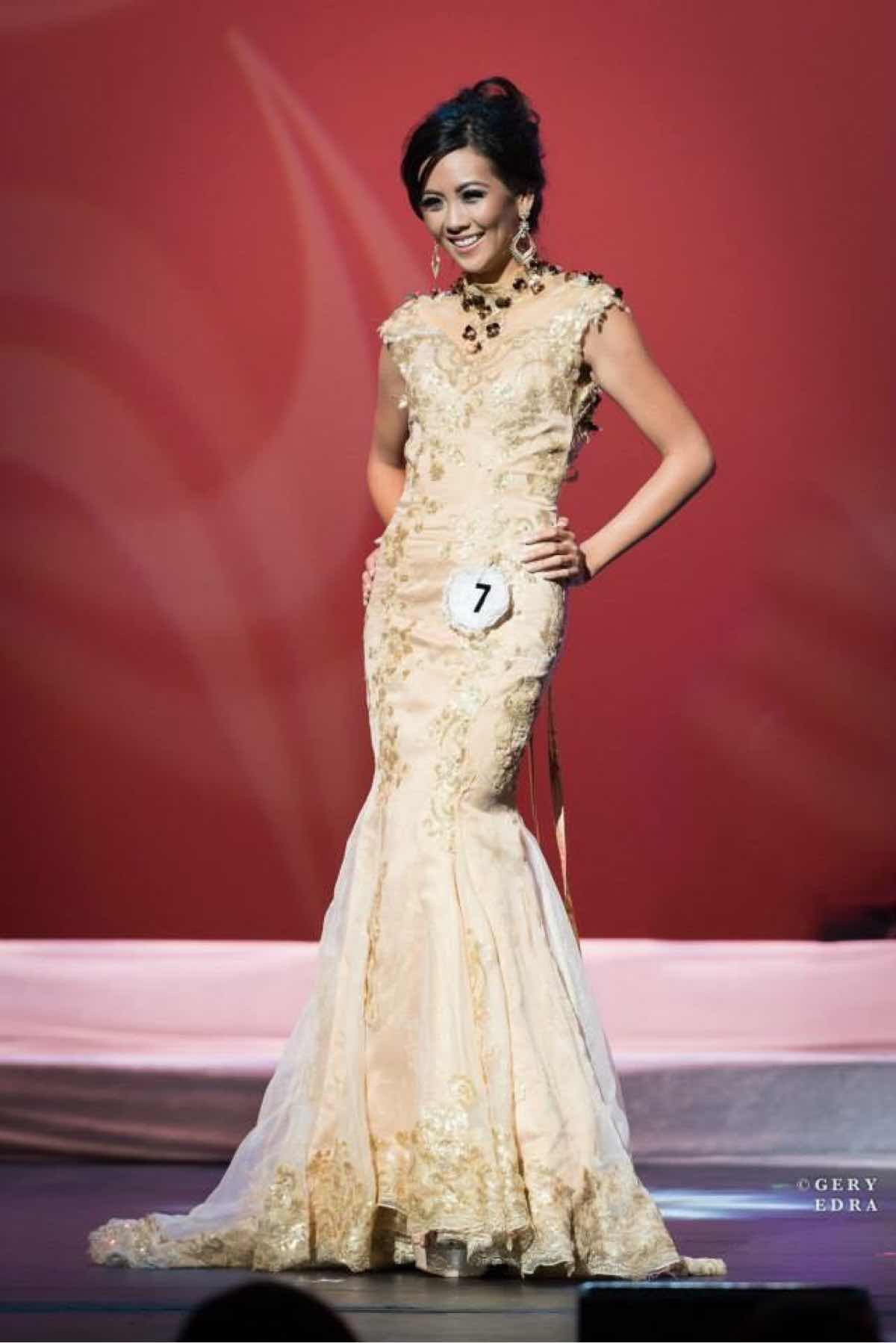 Lou Razon Gold Size 2 Lace Mermaid Dress on Queenly