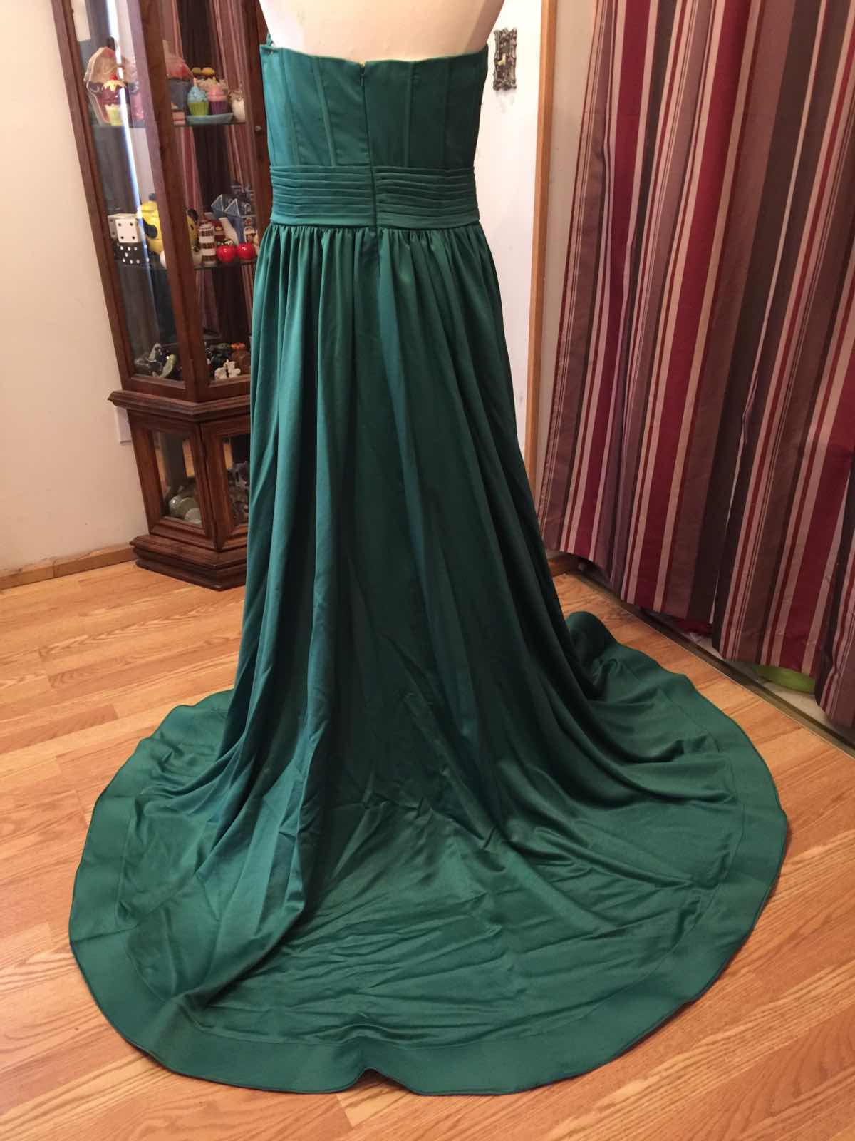 Green Size 14 Side slit Dress on Queenly