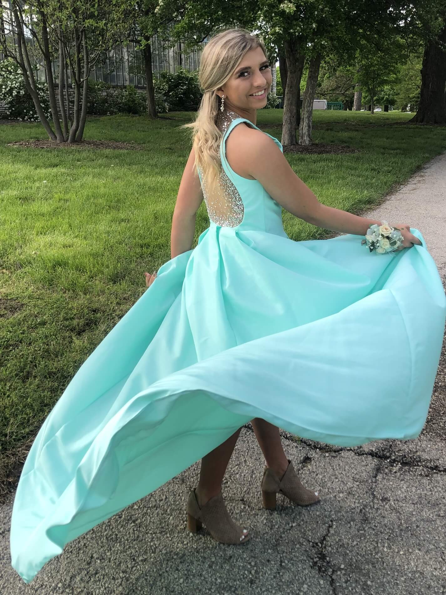 Queenly | The largest marketplace for prom, pageant, and formal dresses