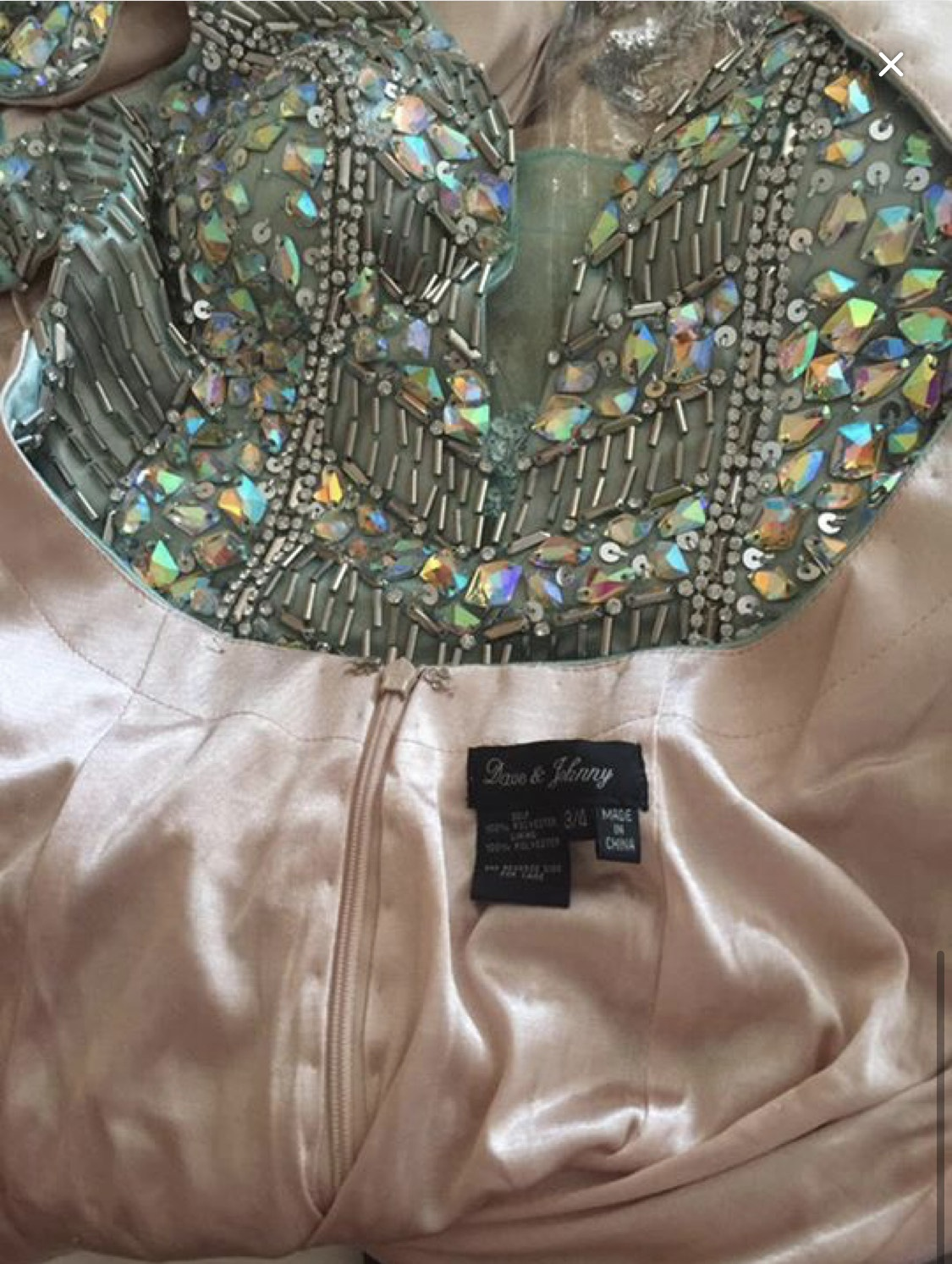Dave & Johnny Silver Size 4 Shiny Plunge Sequin Mermaid Dress on Queenly