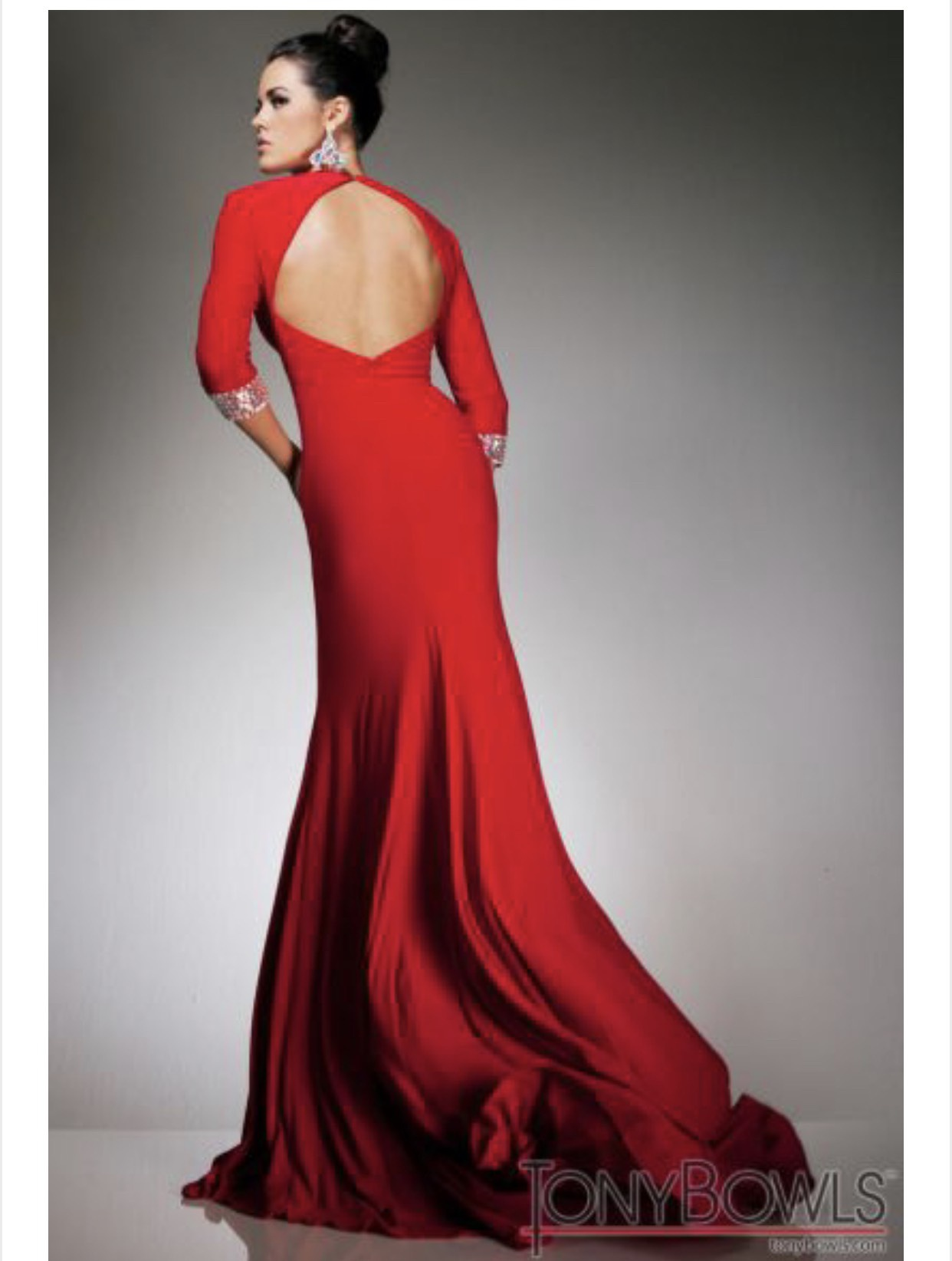 Tony Bowls Red Size 6 Plunge Straight Dress on Queenly