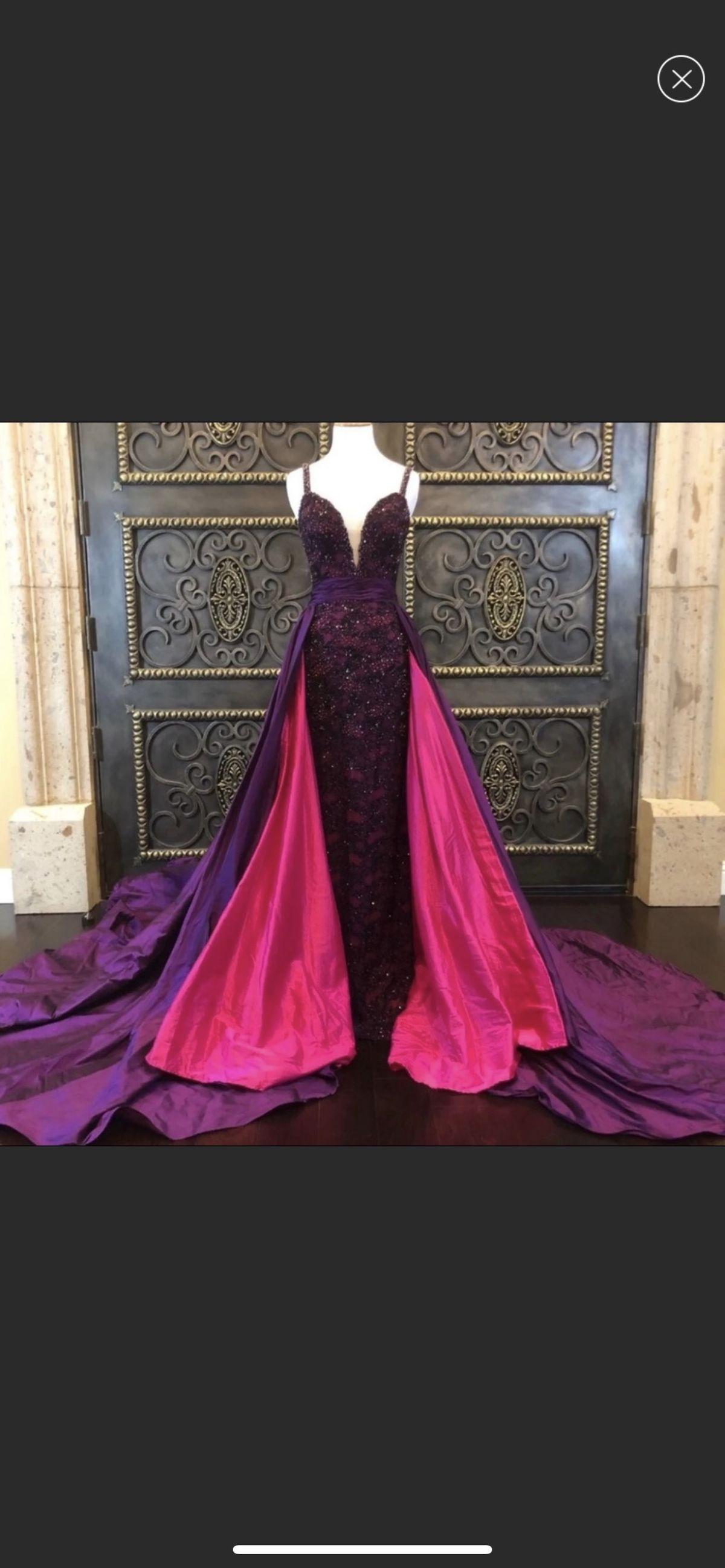 Purple Size 2 Train Dress on Queenly
