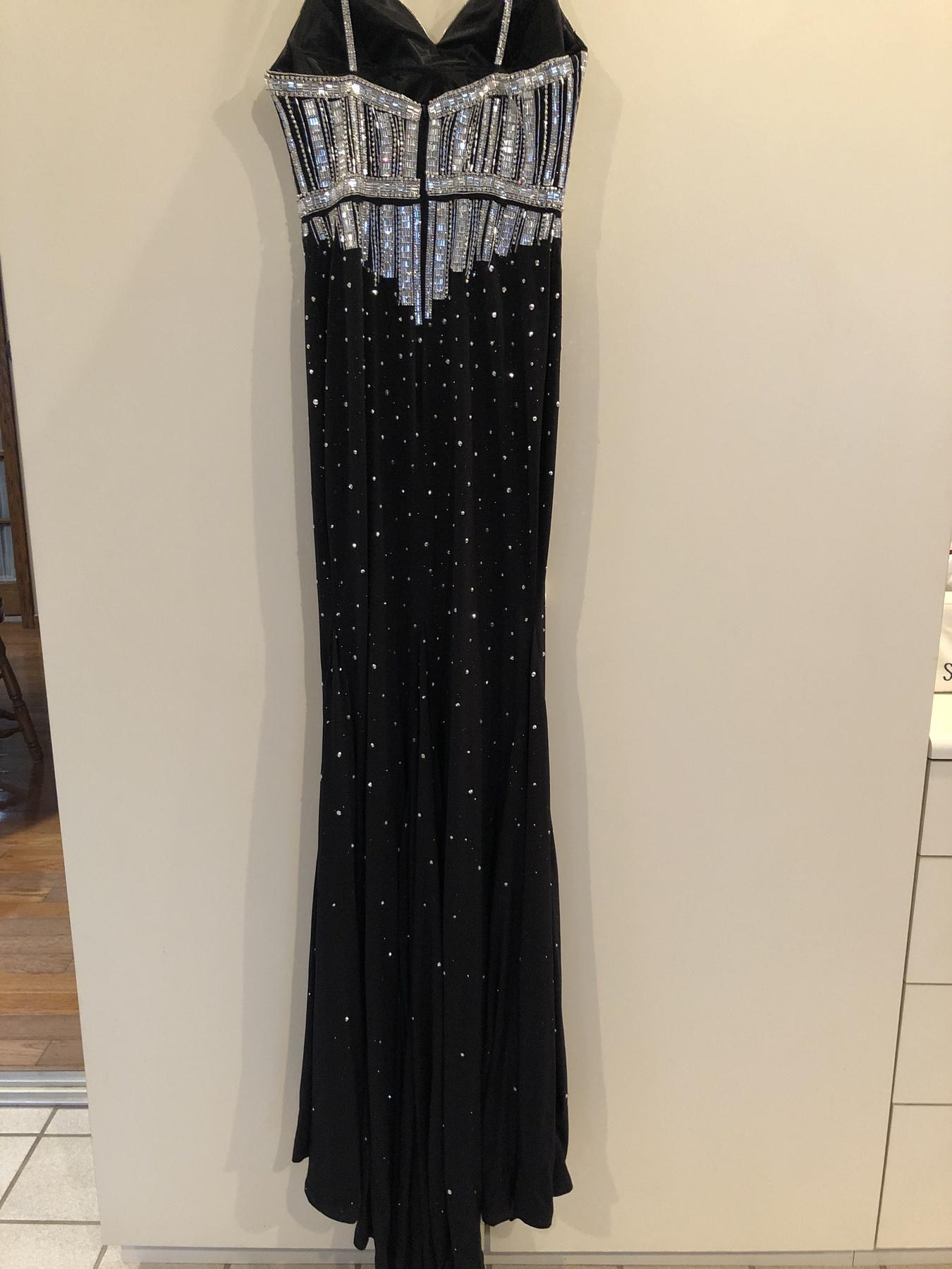 Johnathan Kayne Black Size 6 Shiny Jonathan Kayne A-line Dress on Queenly