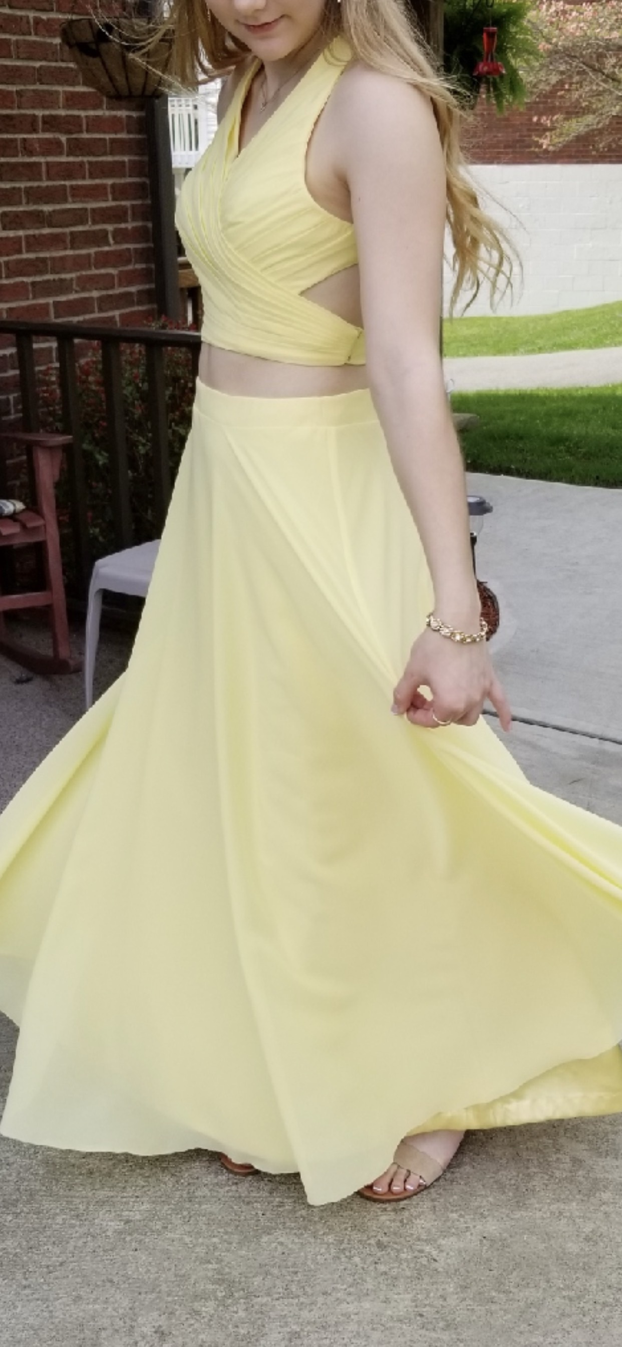 Yellow Size 8 Straight Dress on Queenly