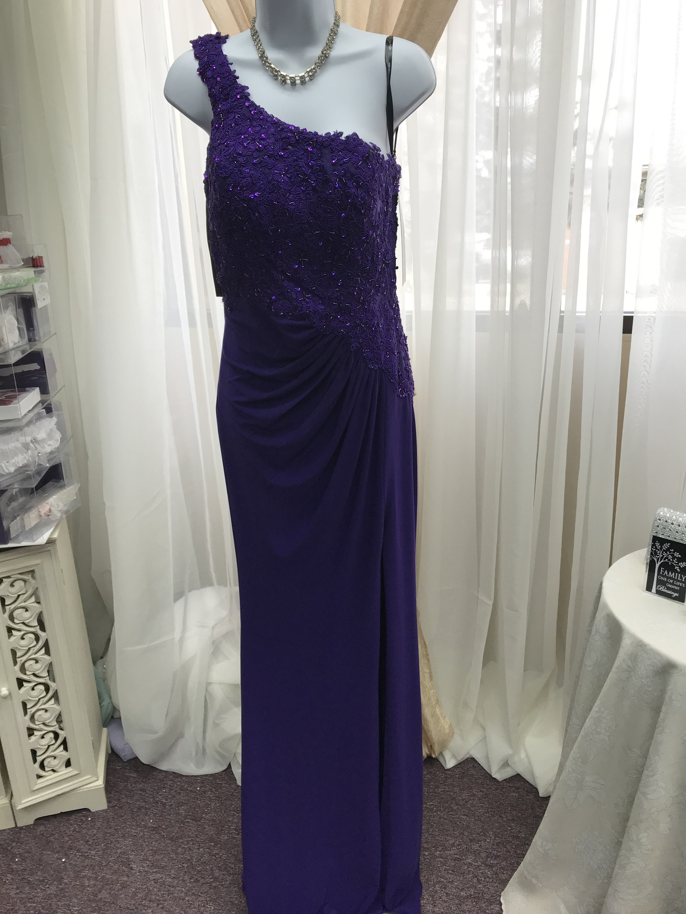 Milano Formals Purple Size 4 One Shoulder Prom Side slit Dress on Queenly
