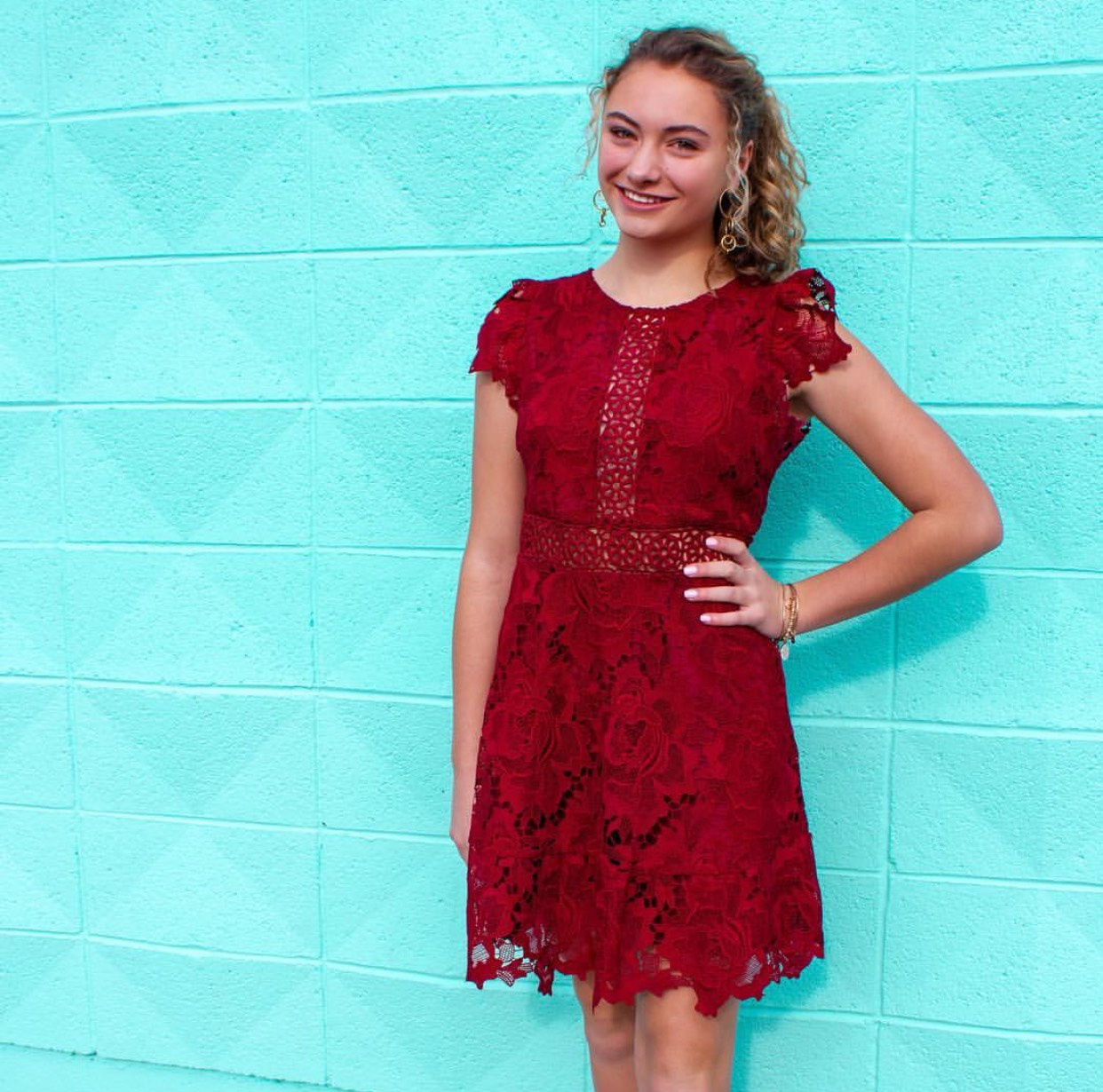 BB Dakota Red Size 6 Homecoming Floral Lace Straight Dress on Queenly