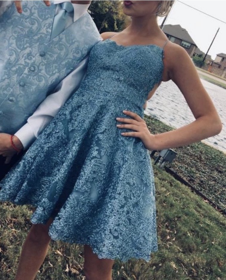 Sherri Hill Blue Size 2 Lace Cocktail Dress on Queenly