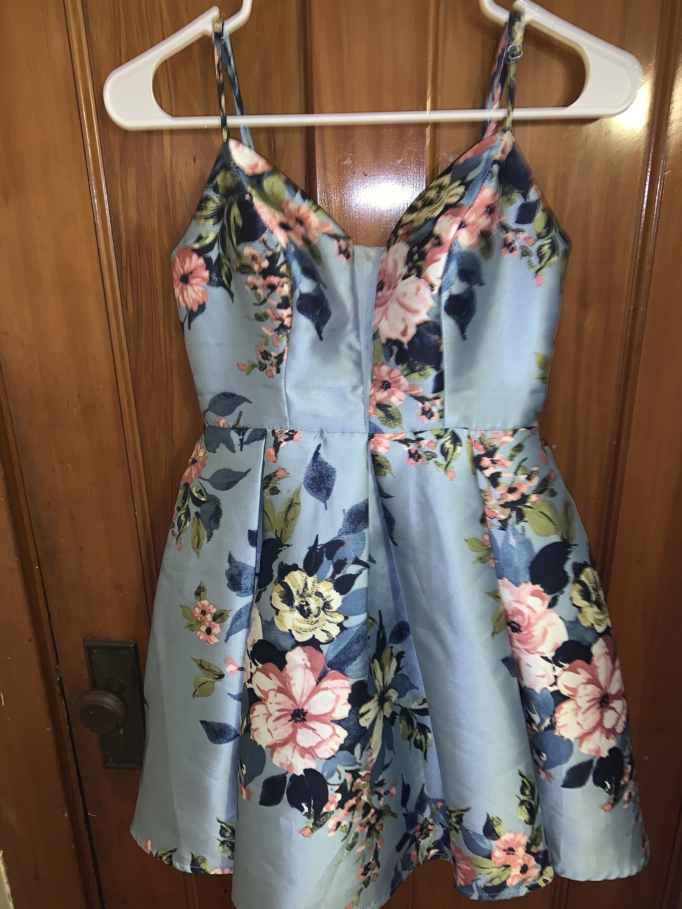 Teeze Me Blue Size 2 Floral Homecoming Cocktail Dress on Queenly