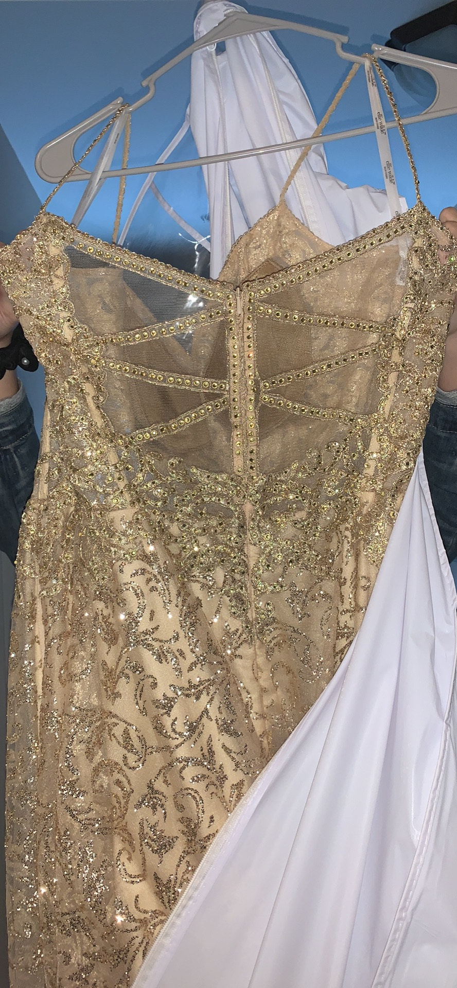 Ellie Wilde Gold Size 18 Sequin Prom Jewelled Ball gown on Queenly