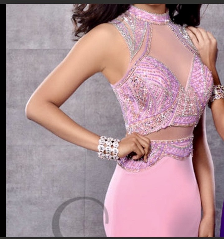 Envious Couture Light Pink Size 00 High Neck Halter Cut Out Straight Dress on Queenly
