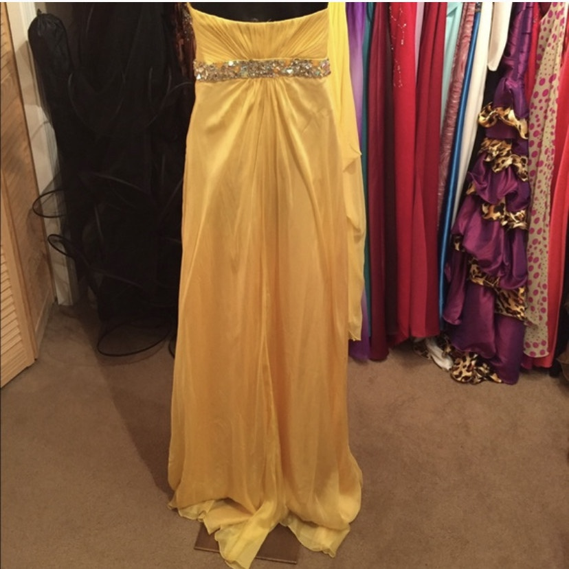 The Collection Inspired By Dancing With The Stars by La Femme Yellow Size 4 Jewelled Belt A-line Dress on Queenly