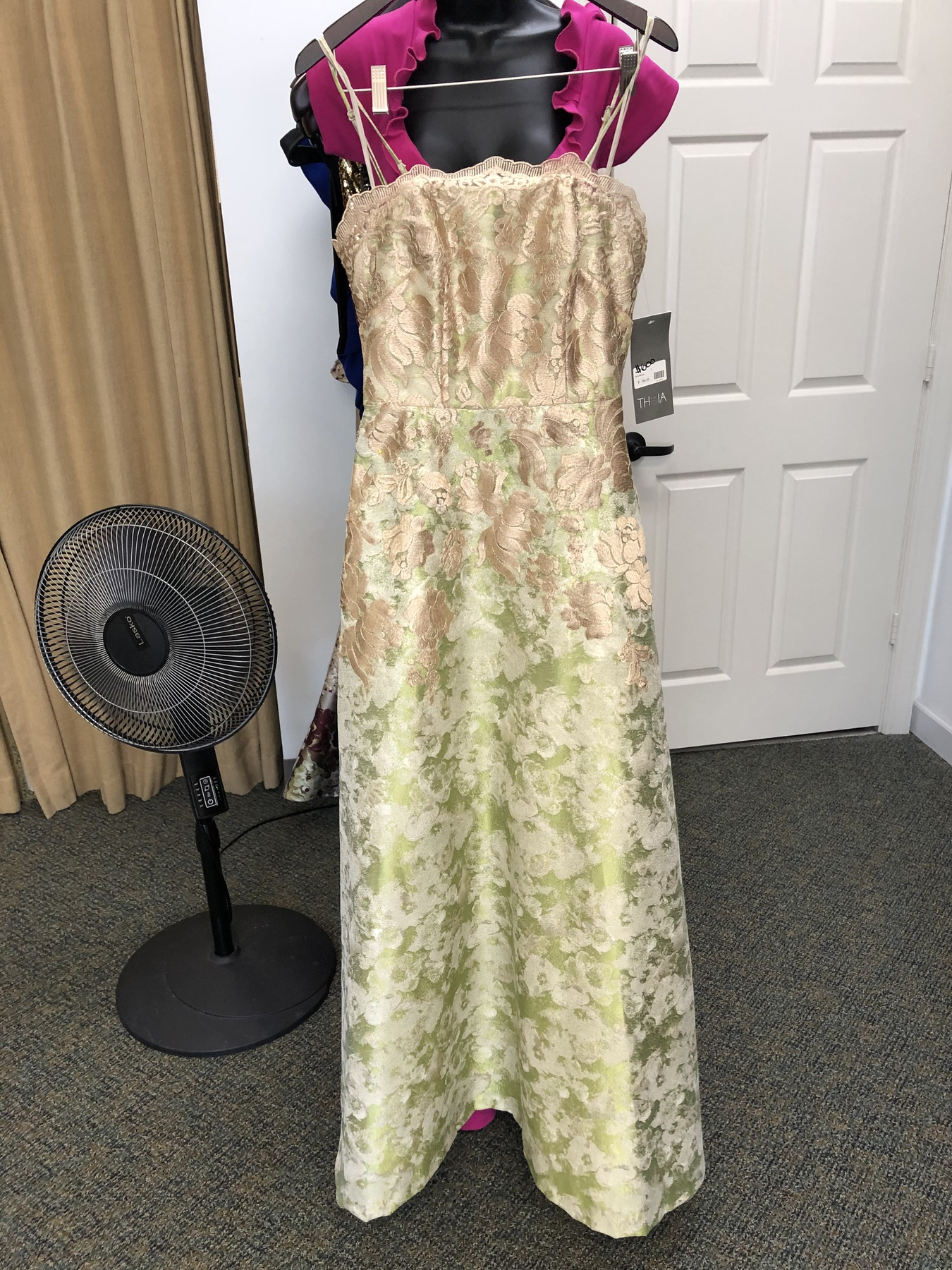 Theia Multicolor Size 4 Pattern Prom Strapless Ball gown on Queenly