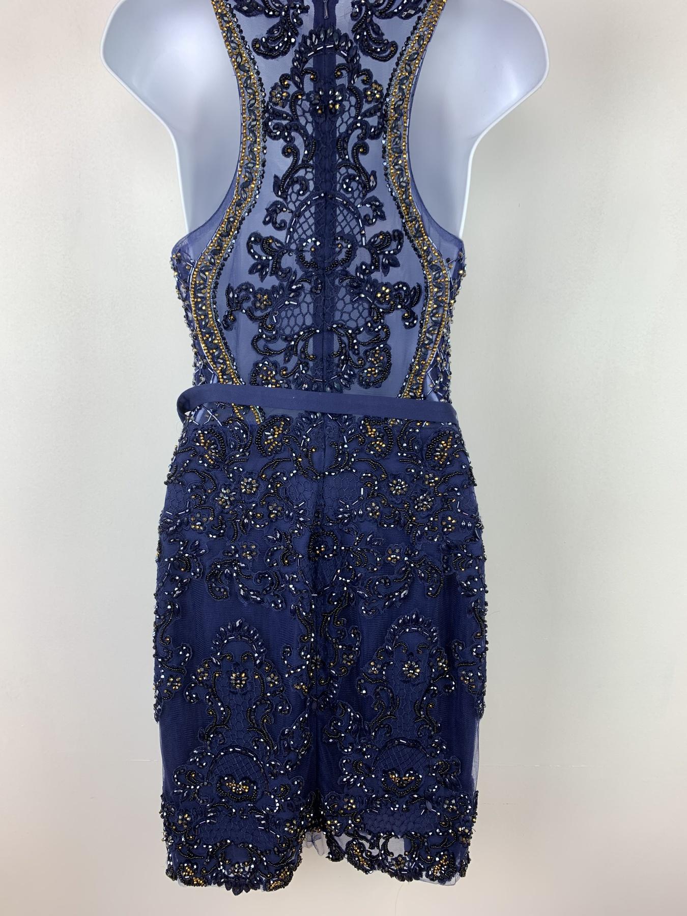 Vienna Blue Size 2 Halter Mini Cocktail Dress on Queenly