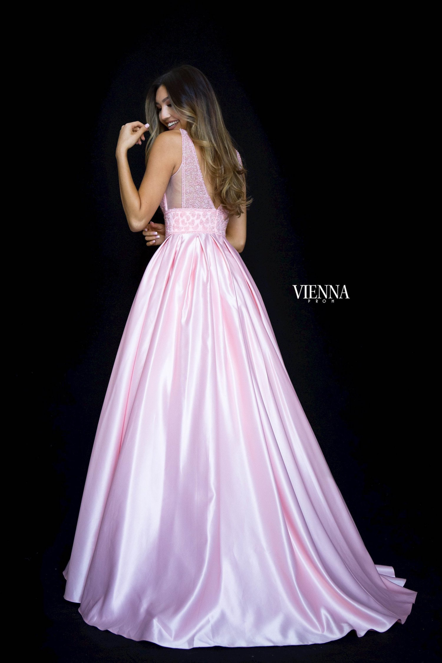 Style 7802 Vienna Pink Size 8 Jewelled Prom Silk Ball gown on Queenly