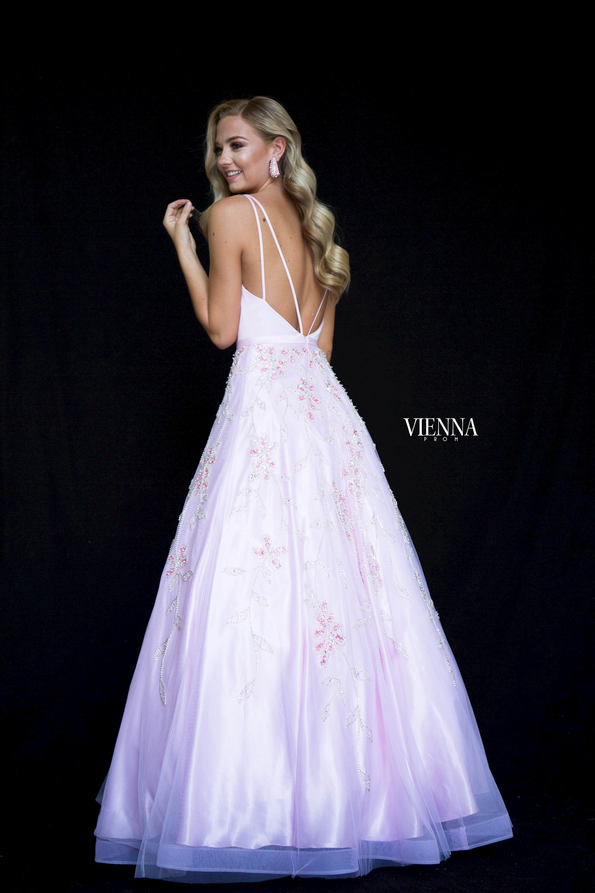 Style 7833 Vienna Pink Size 00 Prom Plunge Pattern Ball gown on Queenly