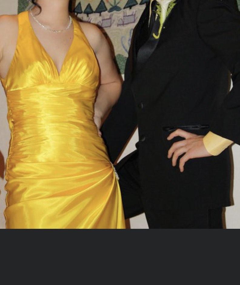 Flirt Yellow Size 4 Halter Side slit Dress on Queenly