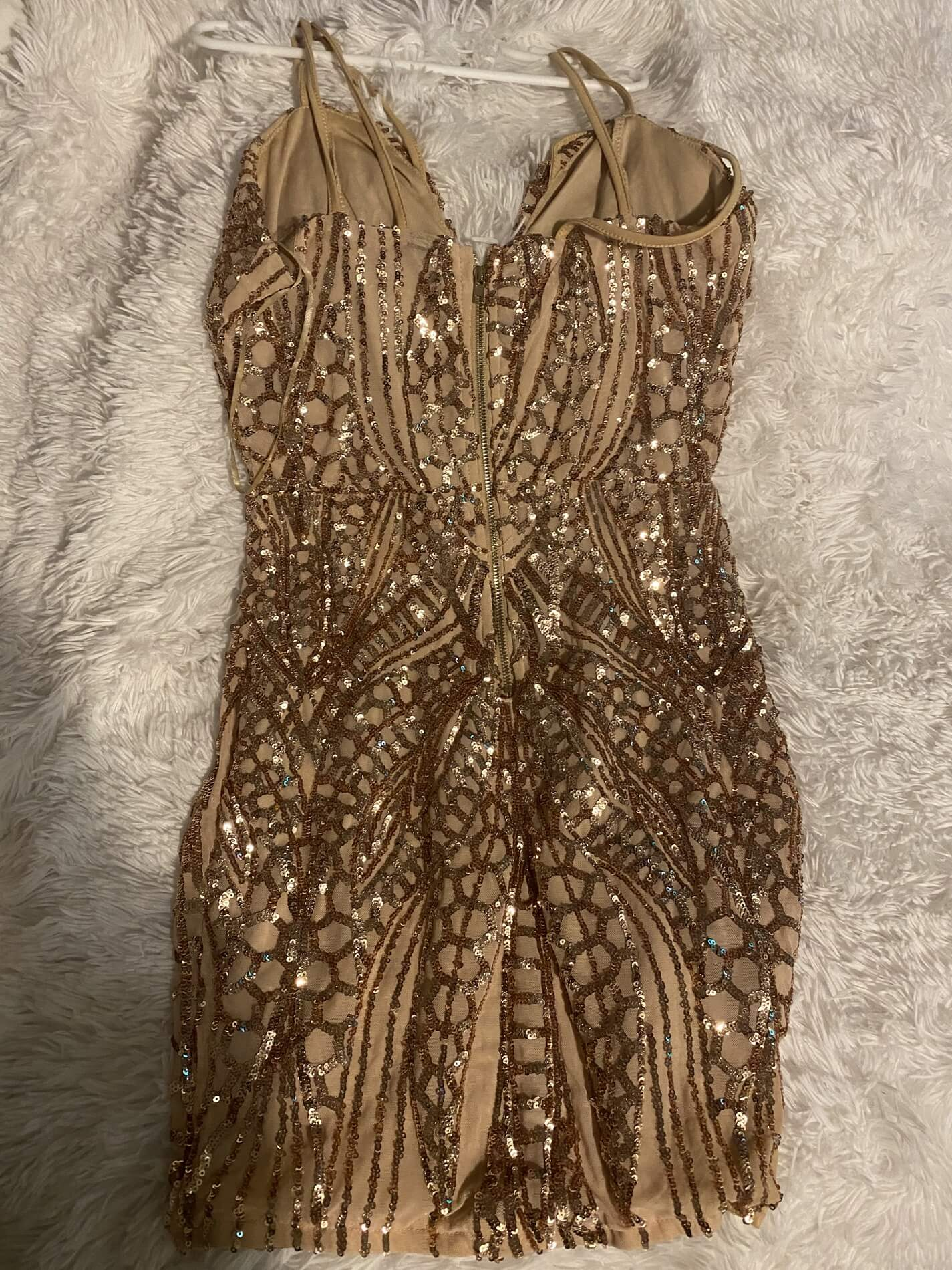 Gold Size 2 Straight Dress on Queenly