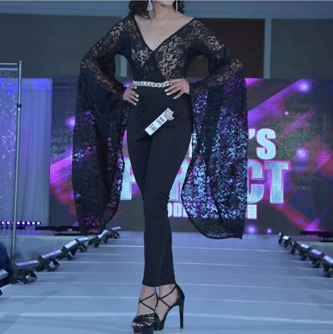 Wow Wear Black Size 4 Lace Jumpsuit Dress on Queenly