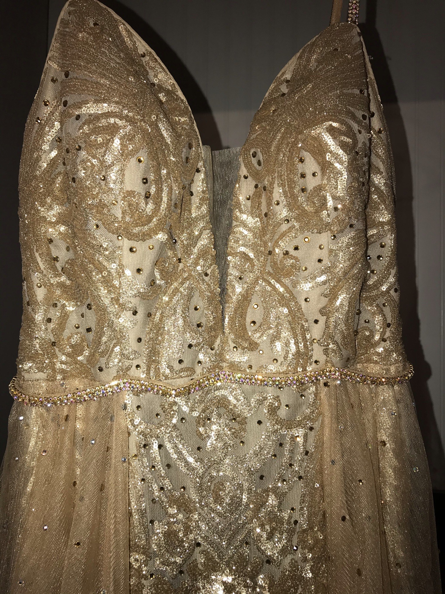 Gold Size 2 A-line Dress on Queenly