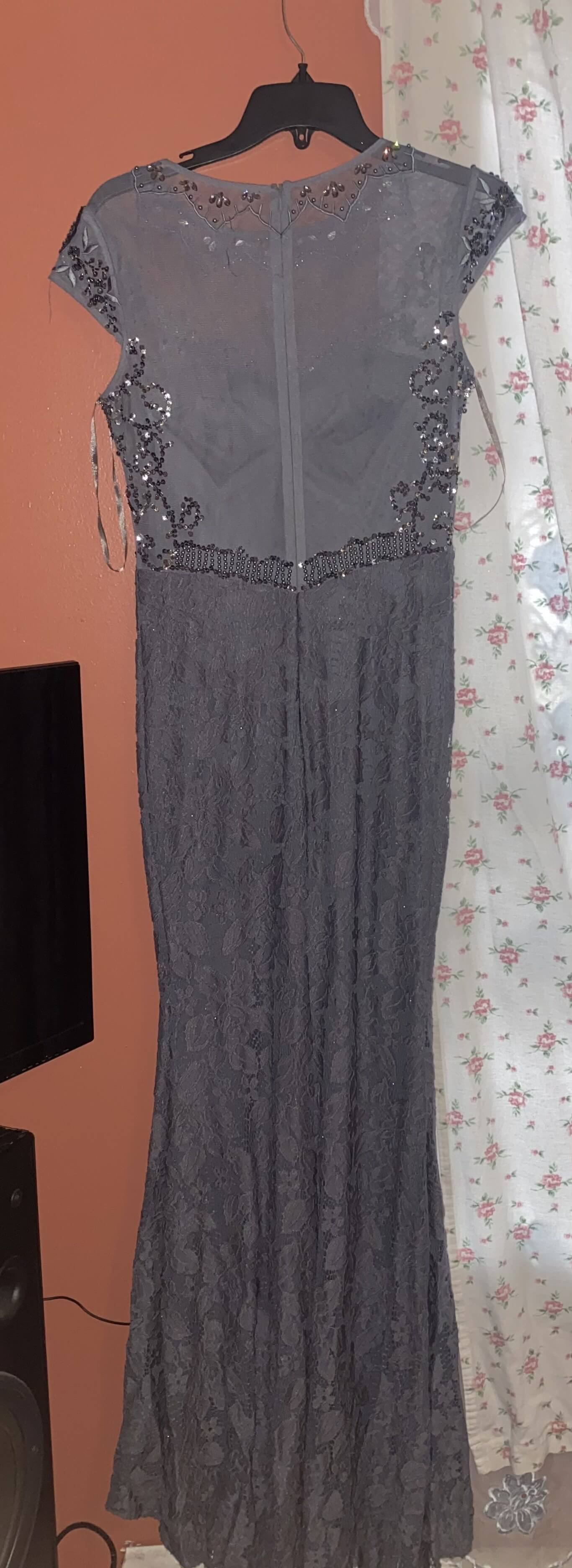 Silver Size 6 Train Dress on Queenly