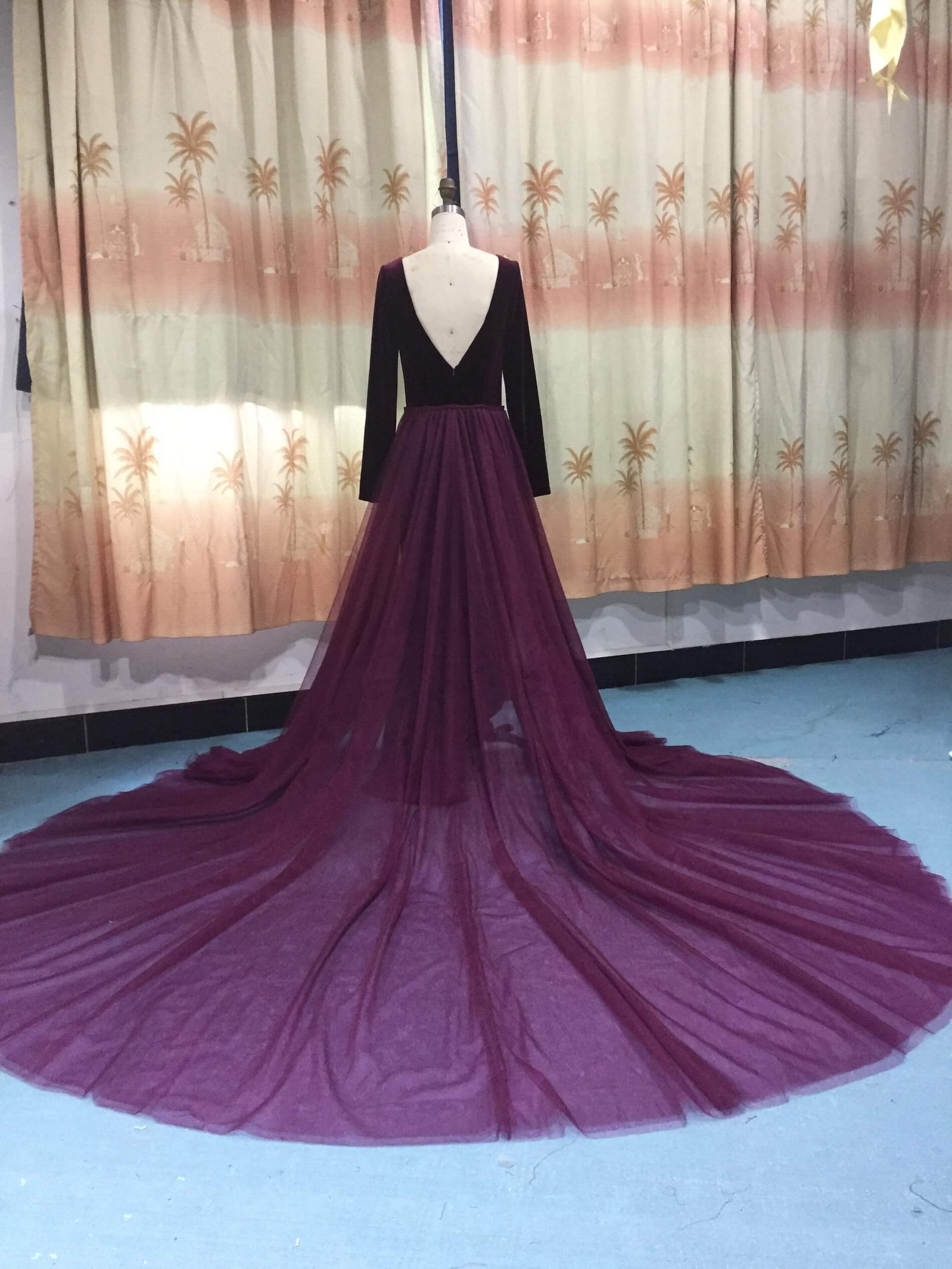Purple Size 6 Straight Dress on Queenly