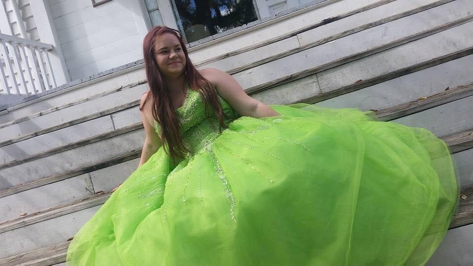 Green Size 14 Ball gown on Queenly