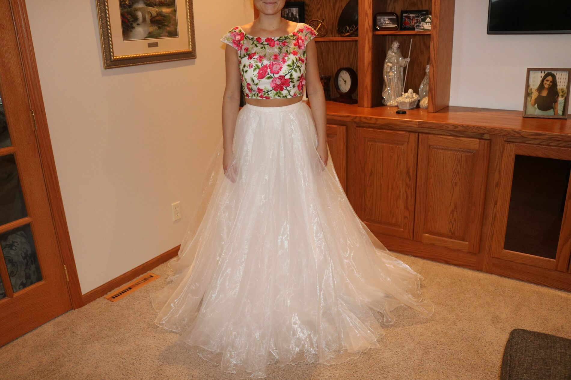 Sherri Hill White Size 6 Floral Ball gown on Queenly