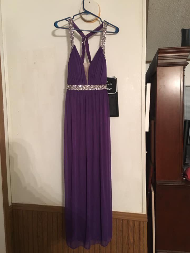 Purple Size 10 Straight Dress on Queenly
