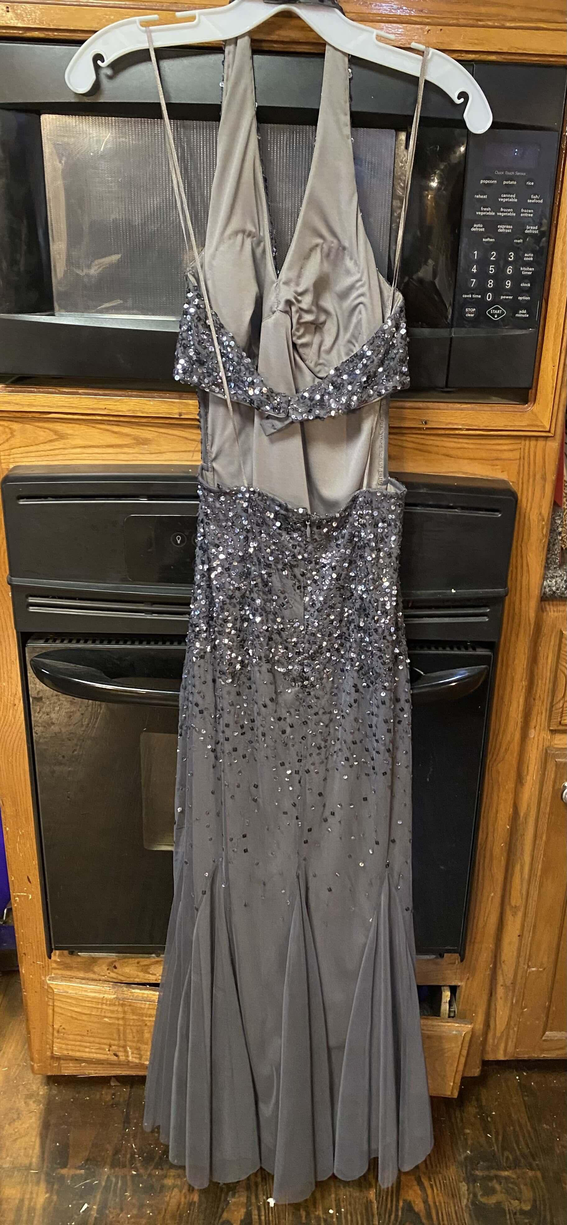Silver Size 2 Mermaid Dress on Queenly