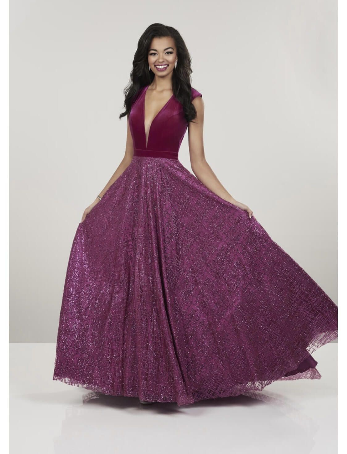 Panoply Pink Size 4 Plunge Pageant Backless Ball gown on Queenly