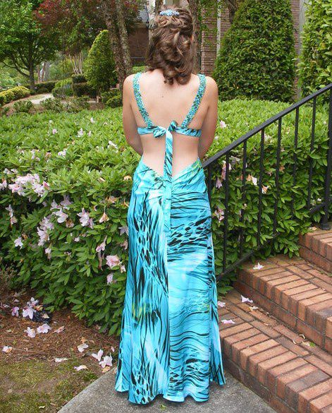 Faviana Multicolor Size 2 Prom Custom Straight Dress on Queenly