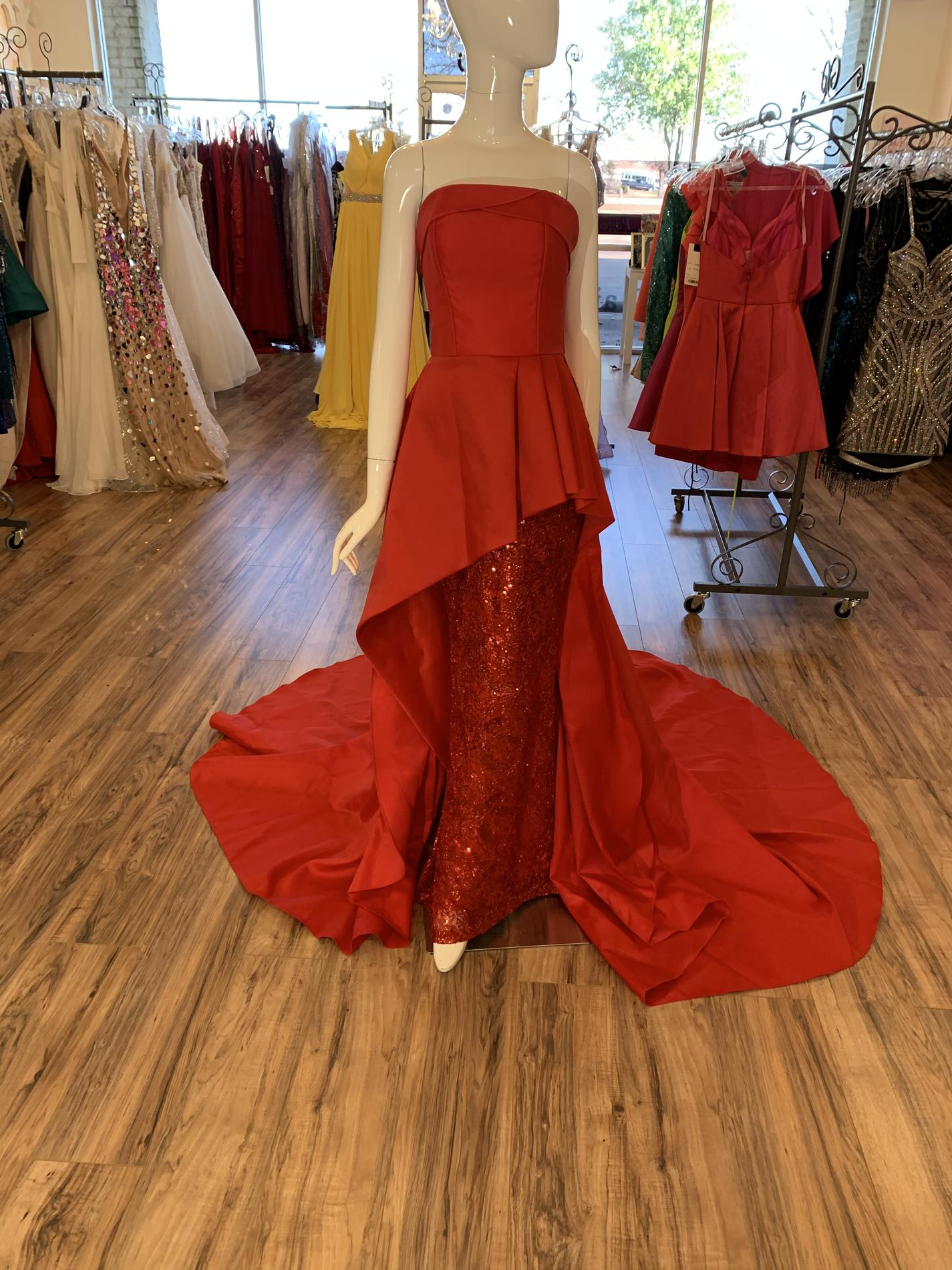 Red Size 2 Train Dress on Queenly
