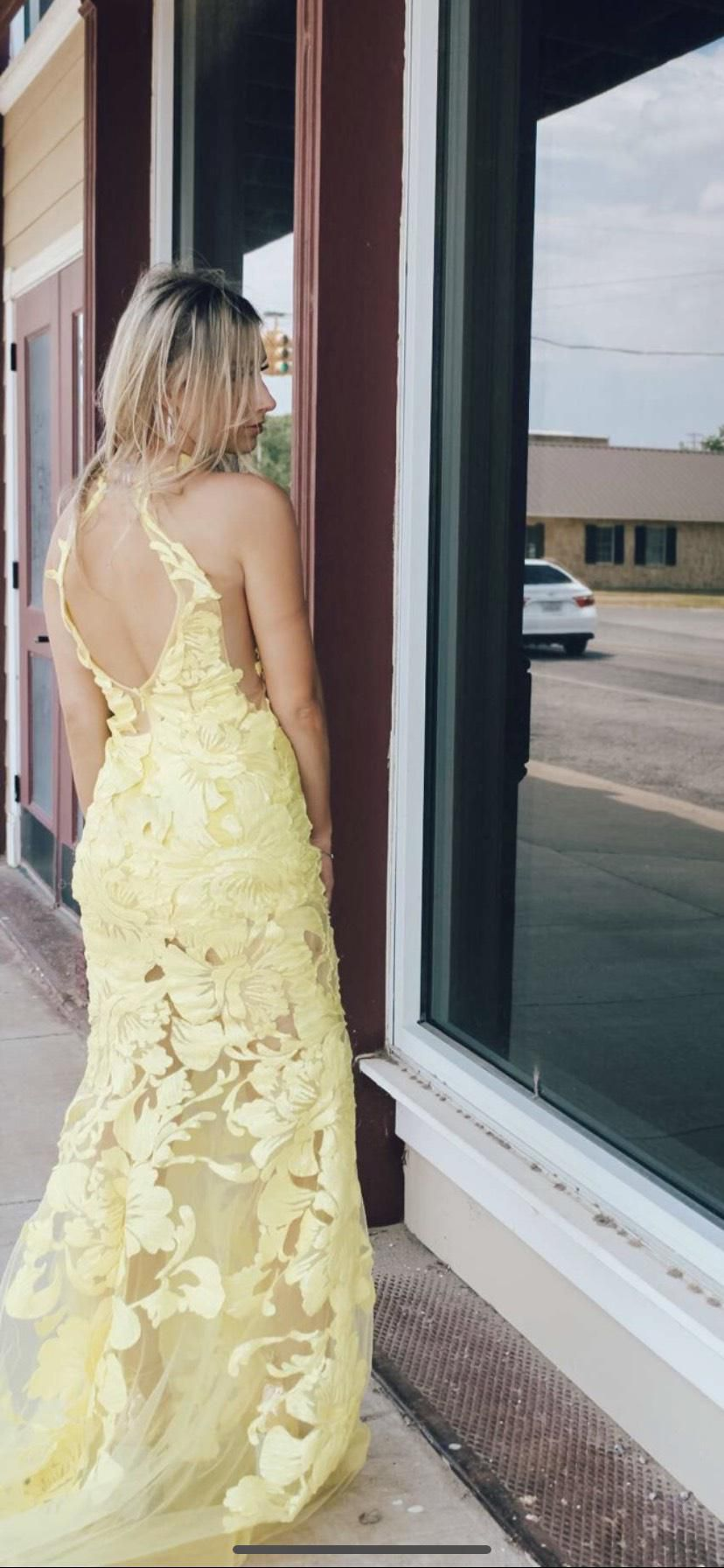 Yellow Size 00 Mermaid Dress on Queenly