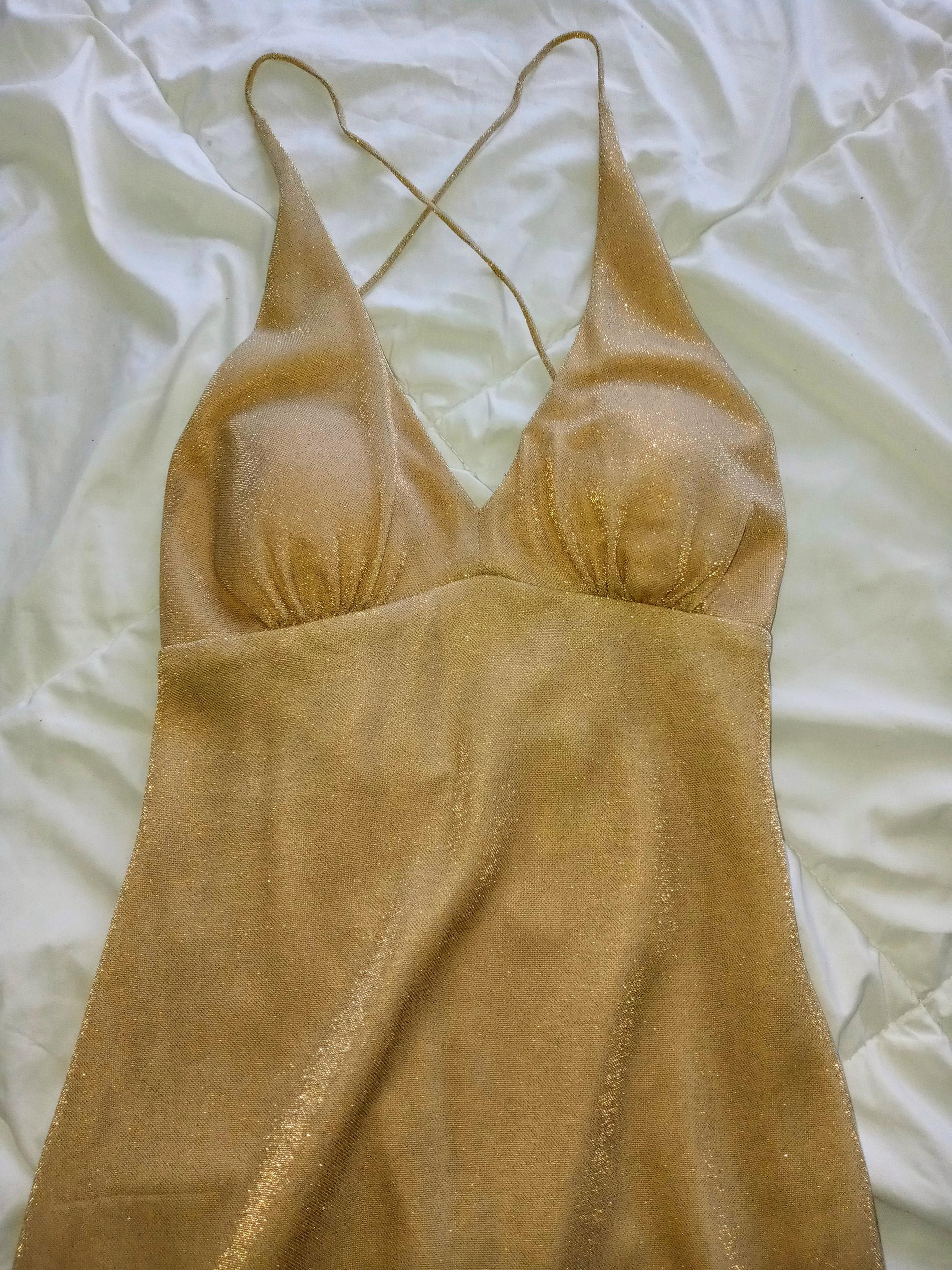 Gold Size 4 Cocktail Dress on Queenly