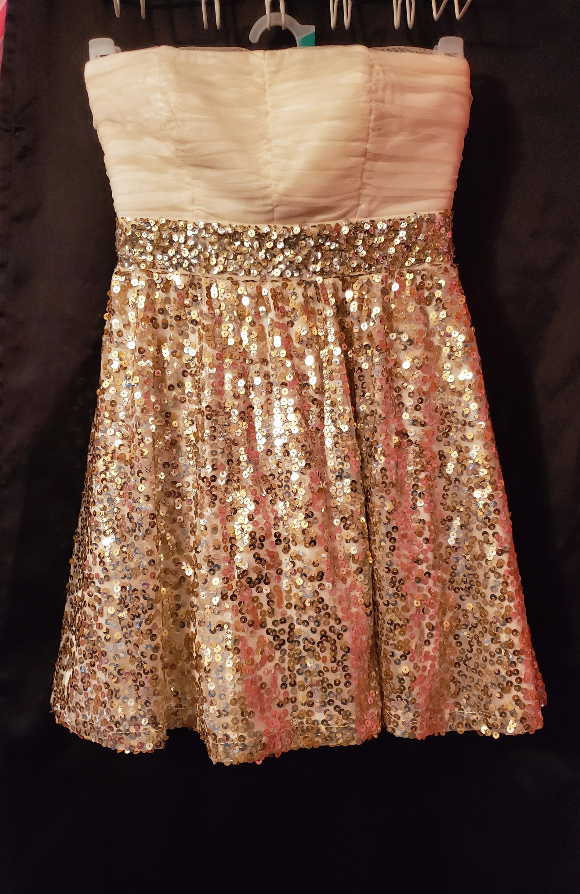 Sequin Heart Gold Size 4 Pageant Mini Party Cocktail Dress on Queenly