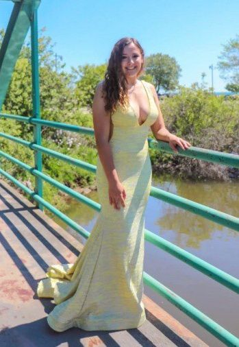Yellow Size 6 Mermaid Dress on Queenly