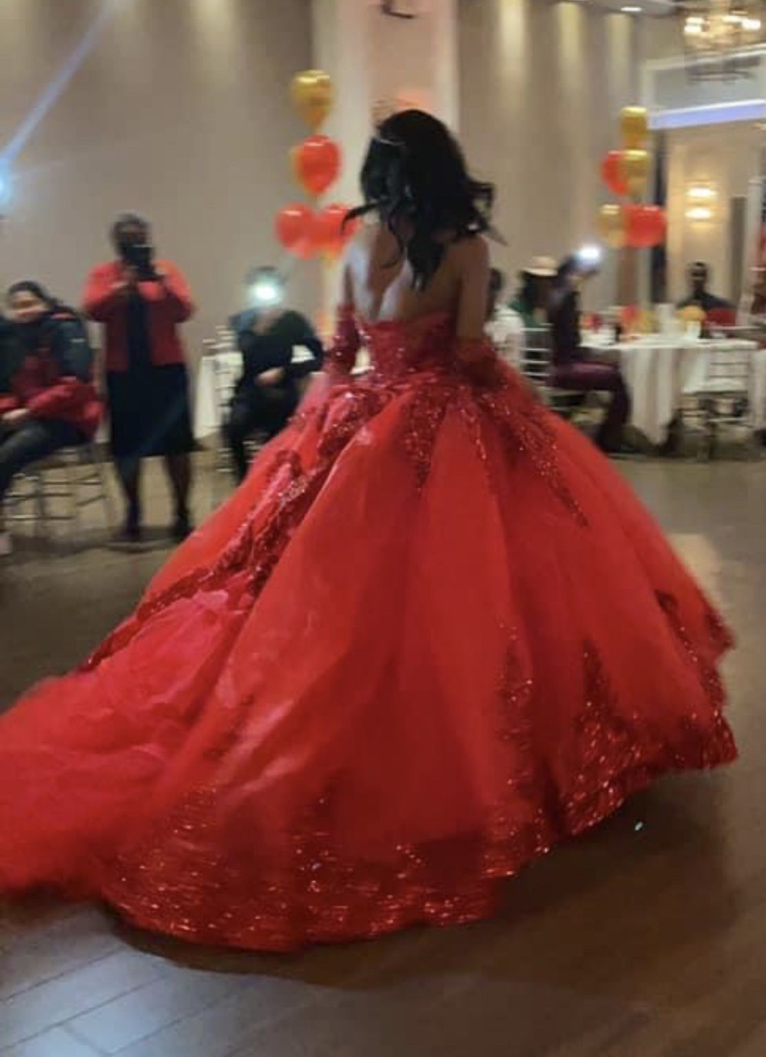 Red Size 0 Ball gown on Queenly