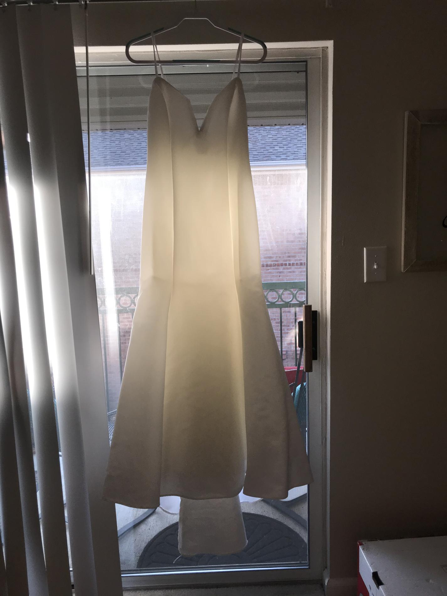 Jessica McClintock White Size 6 Wedding Mermaid Dress on Queenly