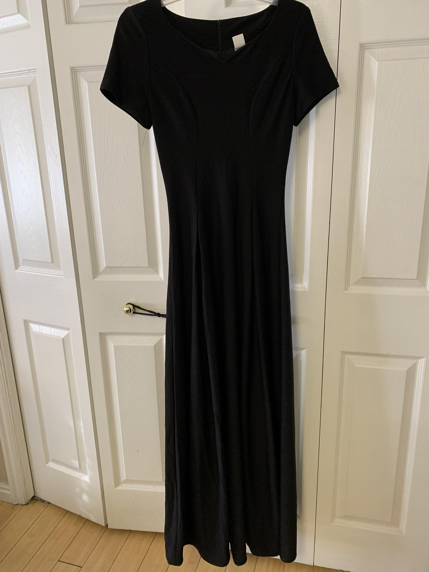 Southeastern Black Size 00 Jewelled Belt Tall Height Straight Dress on Queenly