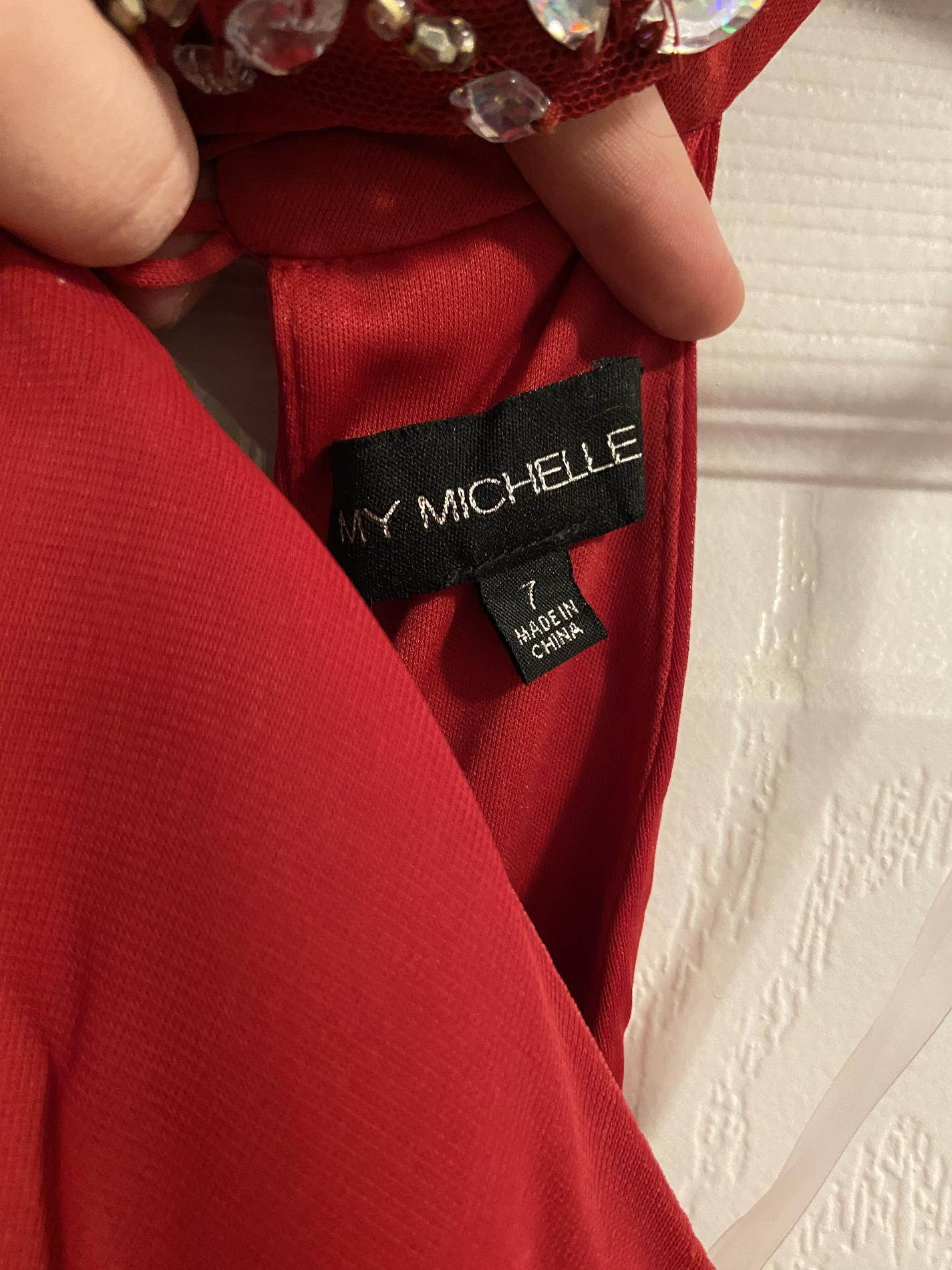 My Michelle Red Size 8 Halter Cocktail Dress on Queenly