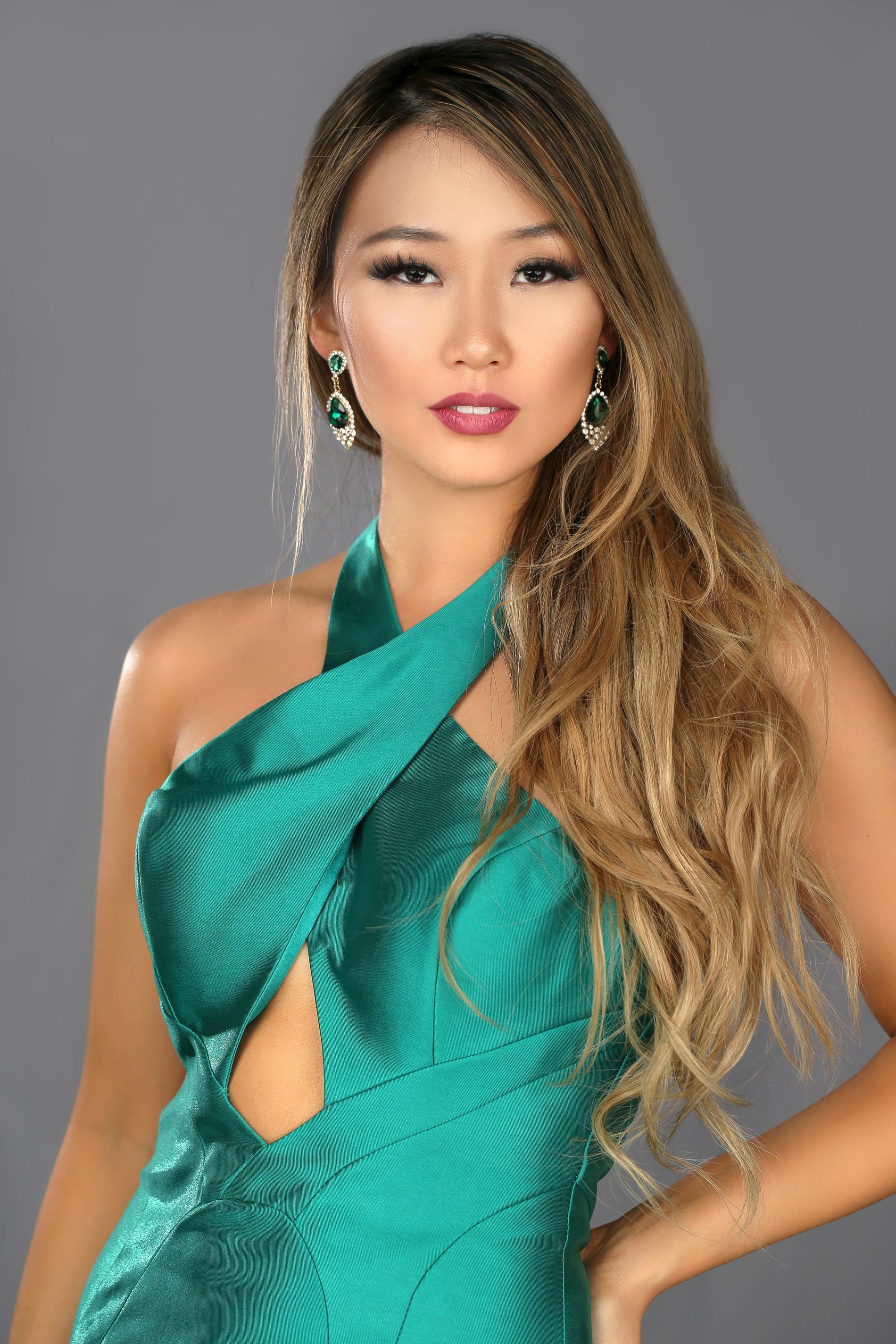 Angela & Alison Green Size 2 Backless Tall Height Mermaid Dress on Queenly