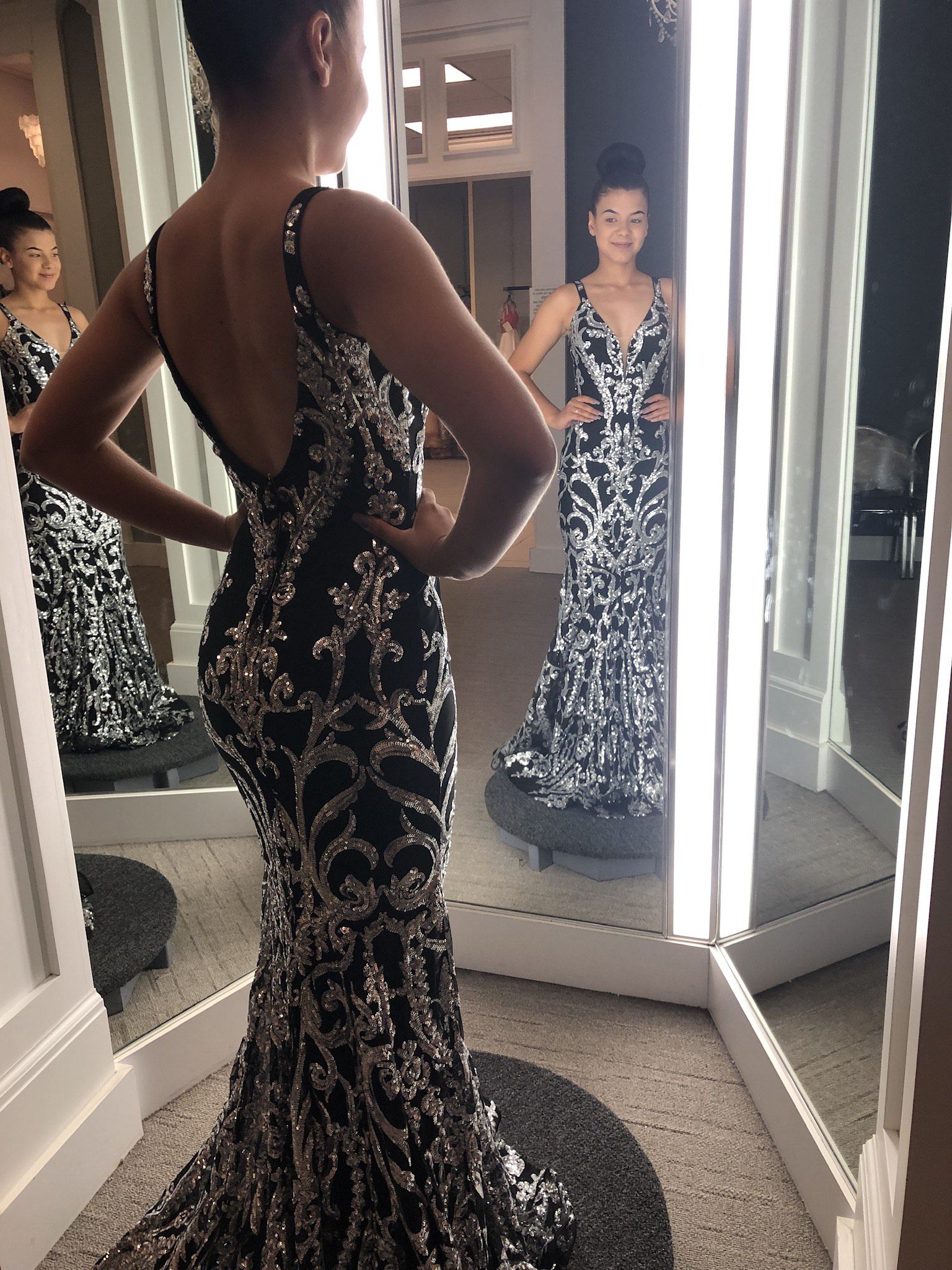 Jovani Black Size 0 Prom Pageant Backless Mermaid Dress on Queenly