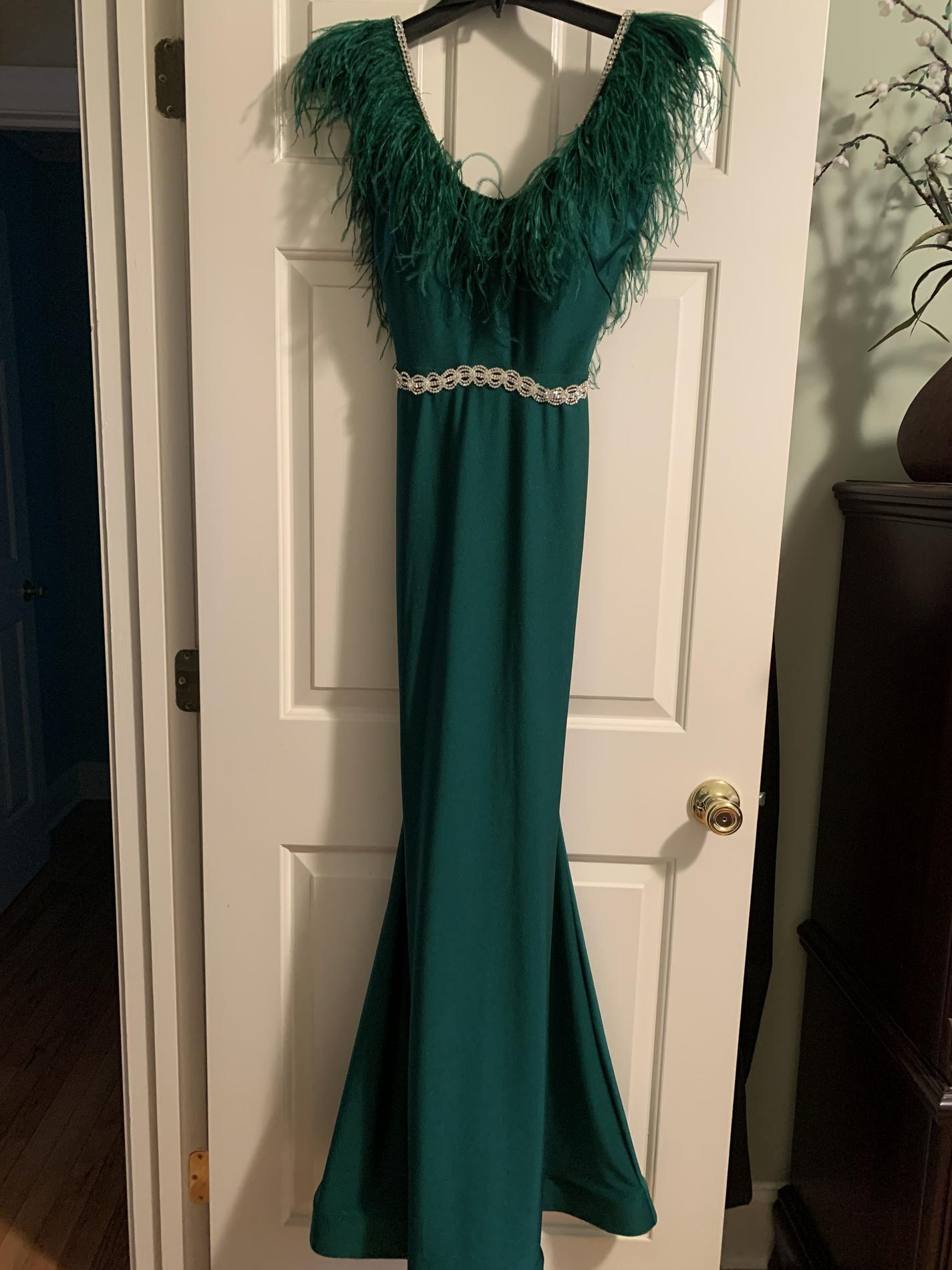 Jessica Angel Green Size 0 Pageant Belt Straight Dress on Queenly