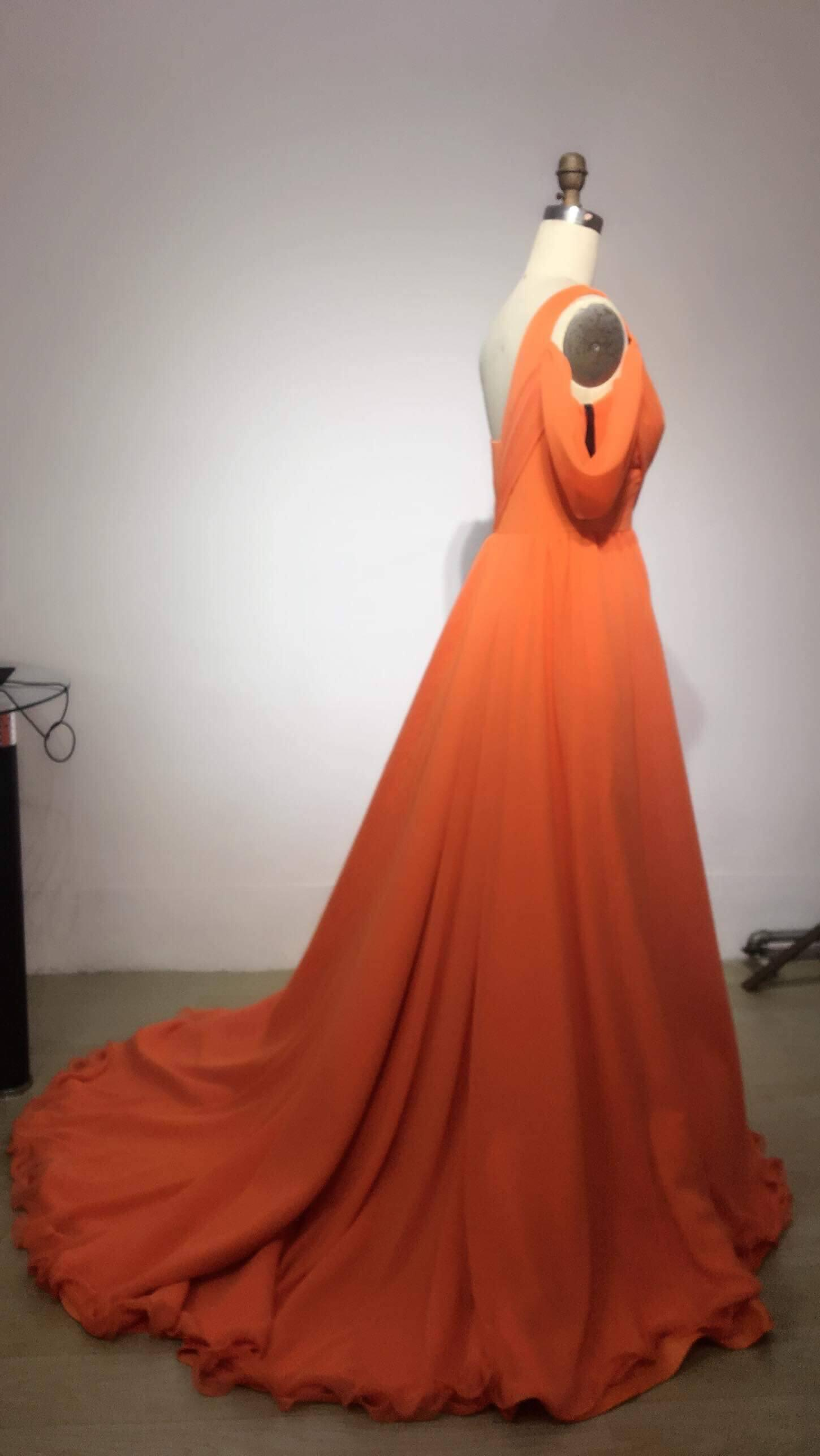 Orange Size 2 A-line Dress on Queenly