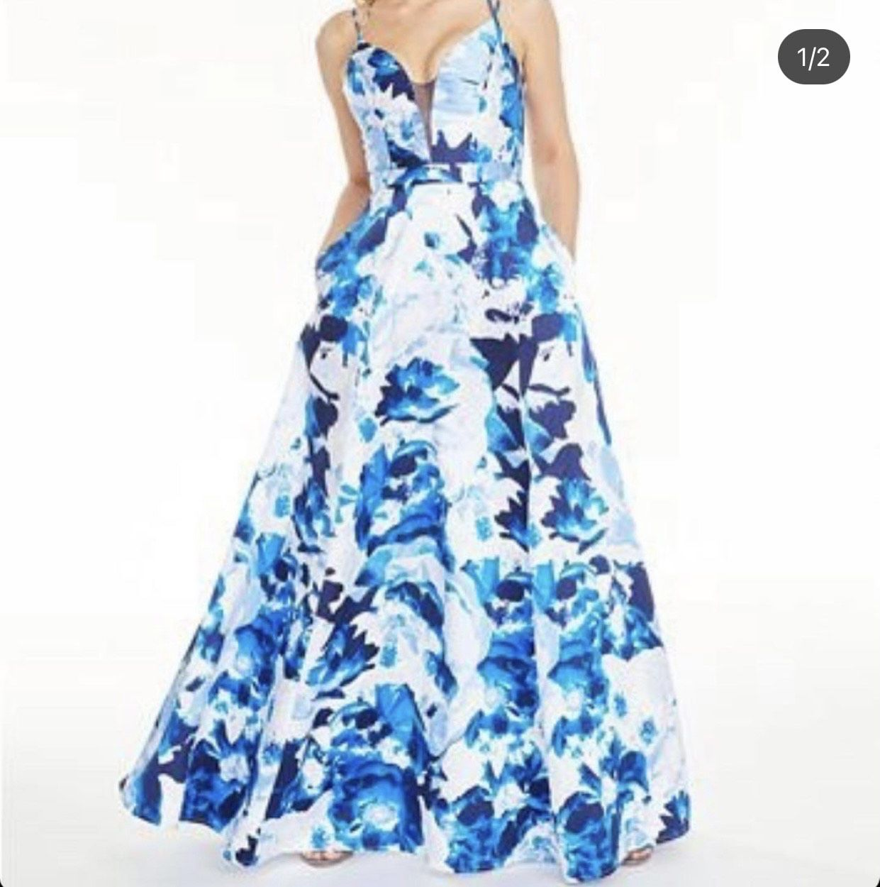 Sequin Hearts Blue Size 8 Prom Plunge Floral Ball gown on Queenly