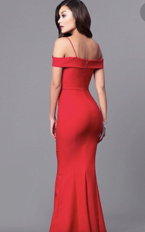 Red Size 4 Mermaid Dress on Queenly