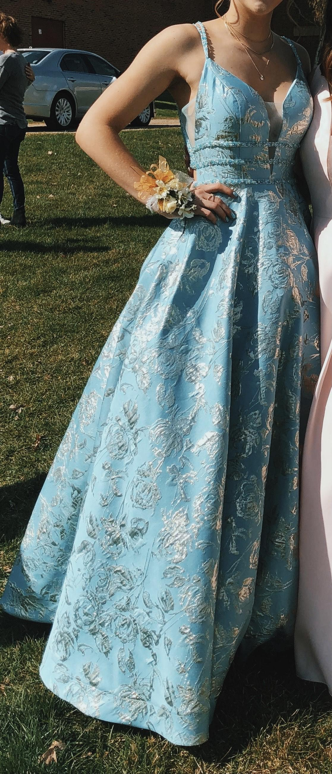 Ellie Wilde Light Blue Size 4 Teal Floral Ball gown on Queenly