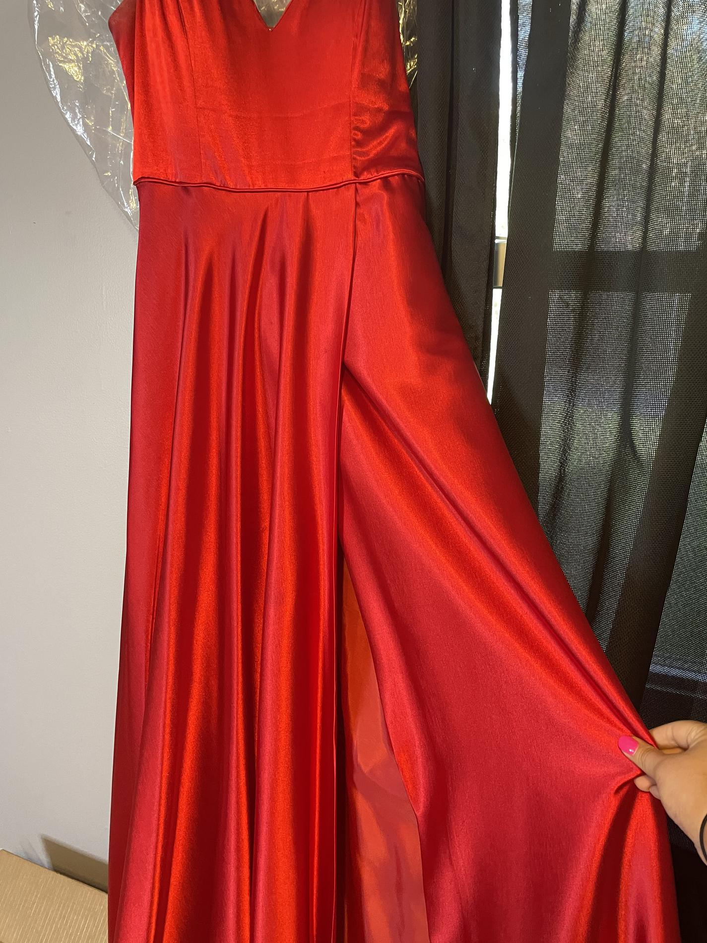 Windsor Red Size 10 Prom Sorority Formal Straight Dress on Queenly