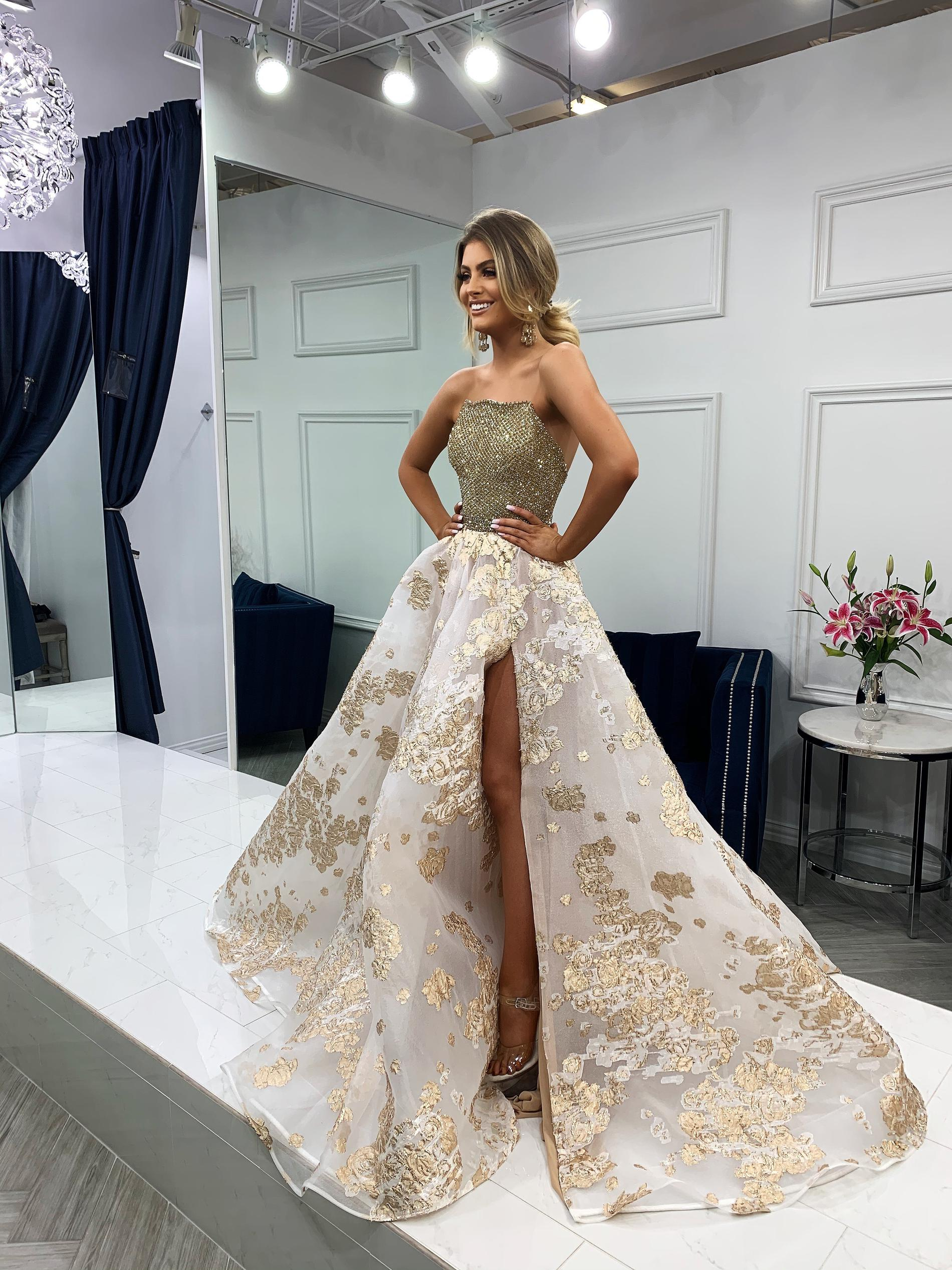 Sherri Hill Gold Size 00 Floral Prom Side slit Dress on Queenly